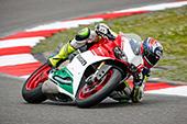 MO-Chefredakteuer Patrick Sauter beim Test der Ducati 1299 Panigale R Final Edition action